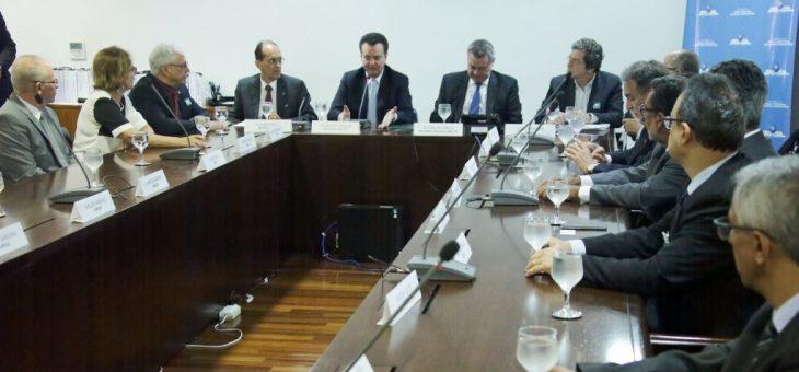 Ciência é fundamental para o Brasil ser mais justo e desenvolvido, diz ministro